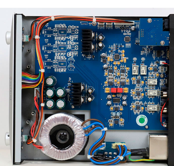 新派DAC-9SE内部图